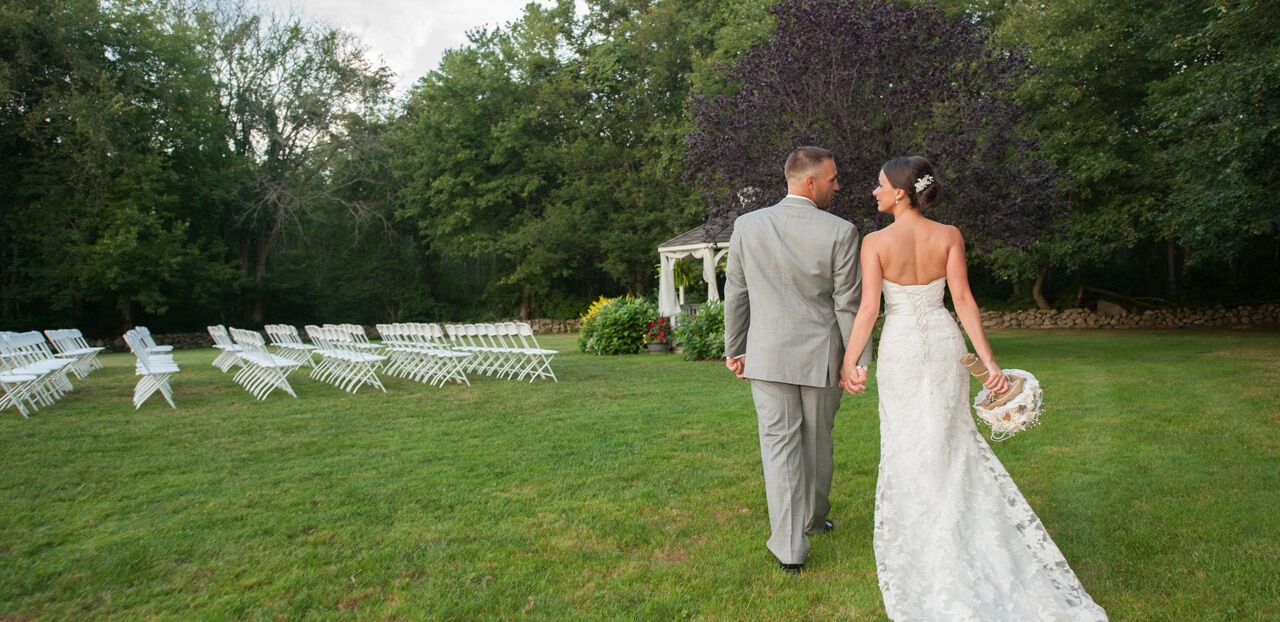 Stone Lined Meadows Are Perfect For Your Wedding Ceremony Photos And Activity Area To Entertain Guests